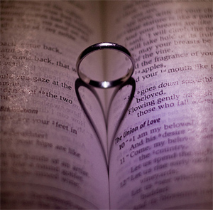 Digital Wedding Photography - The Ring In The Bible